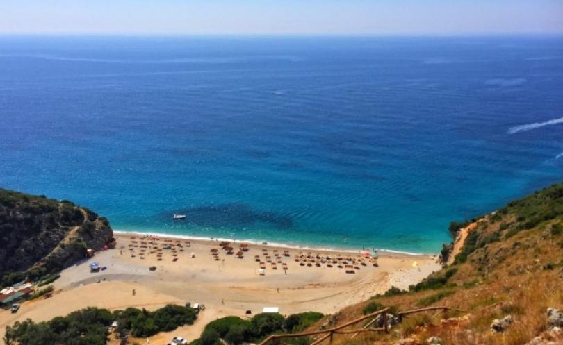 Blogerja amerikane: 75 arsye për të udhëtuar në Shqipëri. Menjëherë!